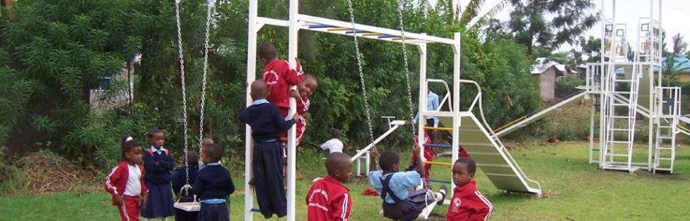 Legeredskaber til Tumaini skole – Tanzania
