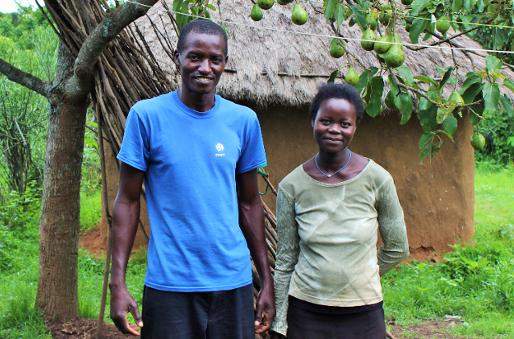 Paul Oluoko og hans kone - Momentum Trust